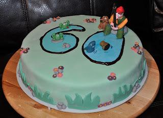 pasta-di-zucchero-torta-cake-pescatore-fisher-pesce-rane-rana