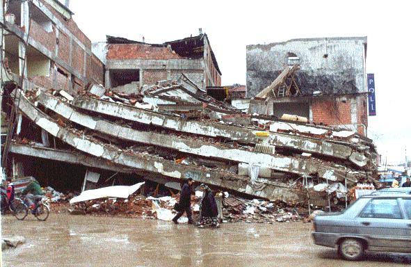 [Resim: deprem%2Bfelaketi.jpg]