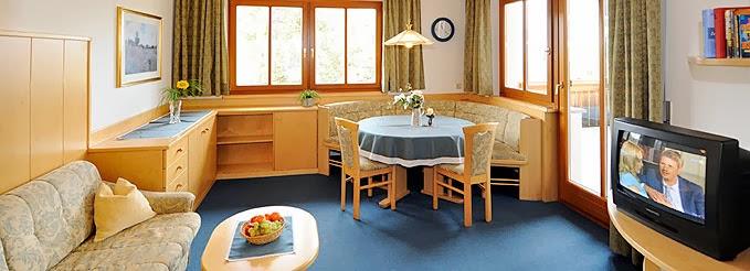 Phòng khách căn hộ chung cư Park Residence