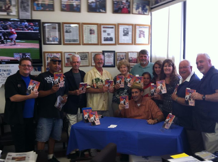PAPA JOE'S BOOK SIGNING EVENT 2012