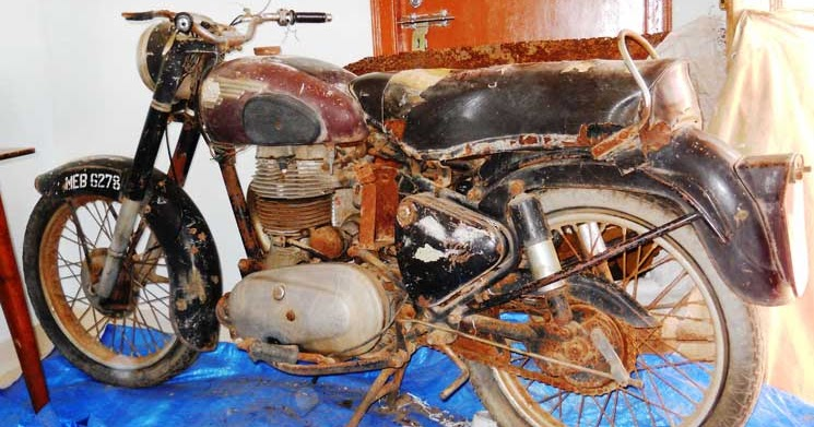 Royal Enfield Motorcycles: Memories led him to restore ...