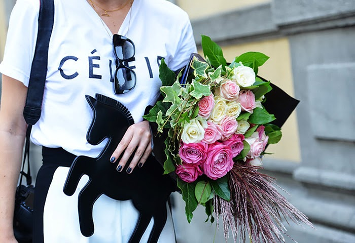street style fashion week spring 2014, black and white, horse bag