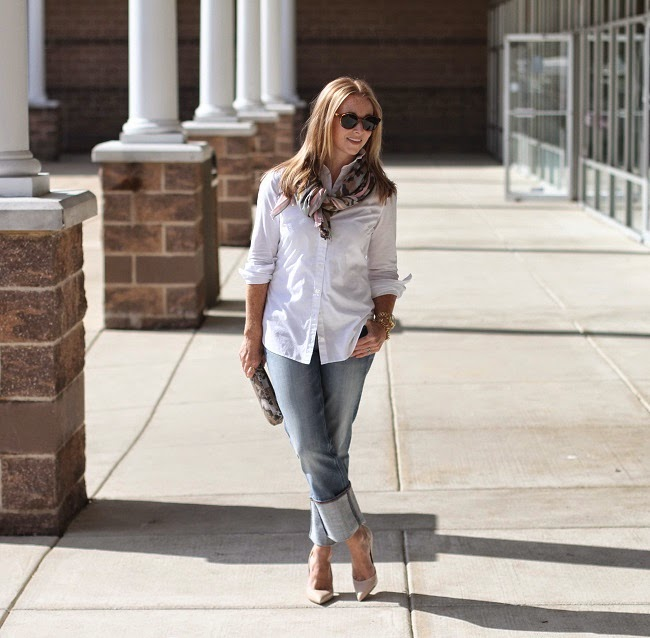 loft tunic shirt, jcrew factory straight leg jeans, kate spade nude heels