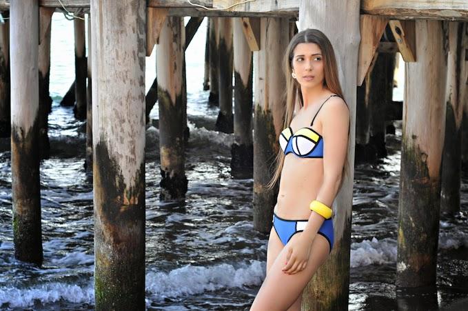 Color Block Swimsuit  Cosa Mi Metto???