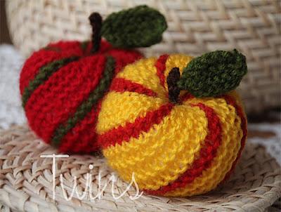 http://3.bp.blogspot.com/-Gjl2eHzPC9s/Tt-goSxkxUI/AAAAAAAAAyM/gajQW5uxftg/s400/apple1_medium.jpg