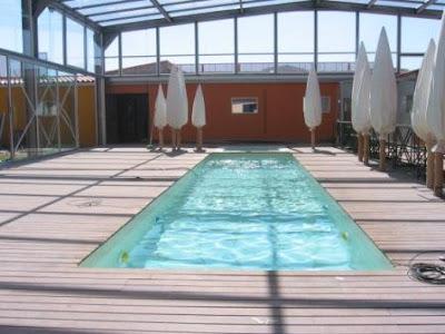 Piscinas y cerramientos para empresas de hosteler a y for Piscina cubierta illescas