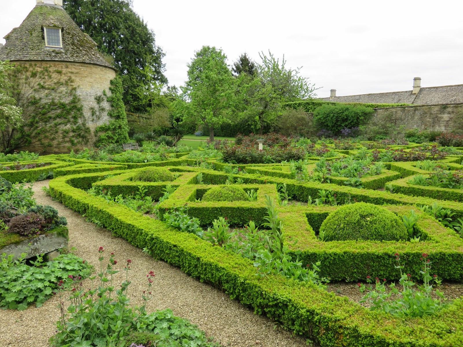 The Gardener\'s Eye: Rousham House and Gardens