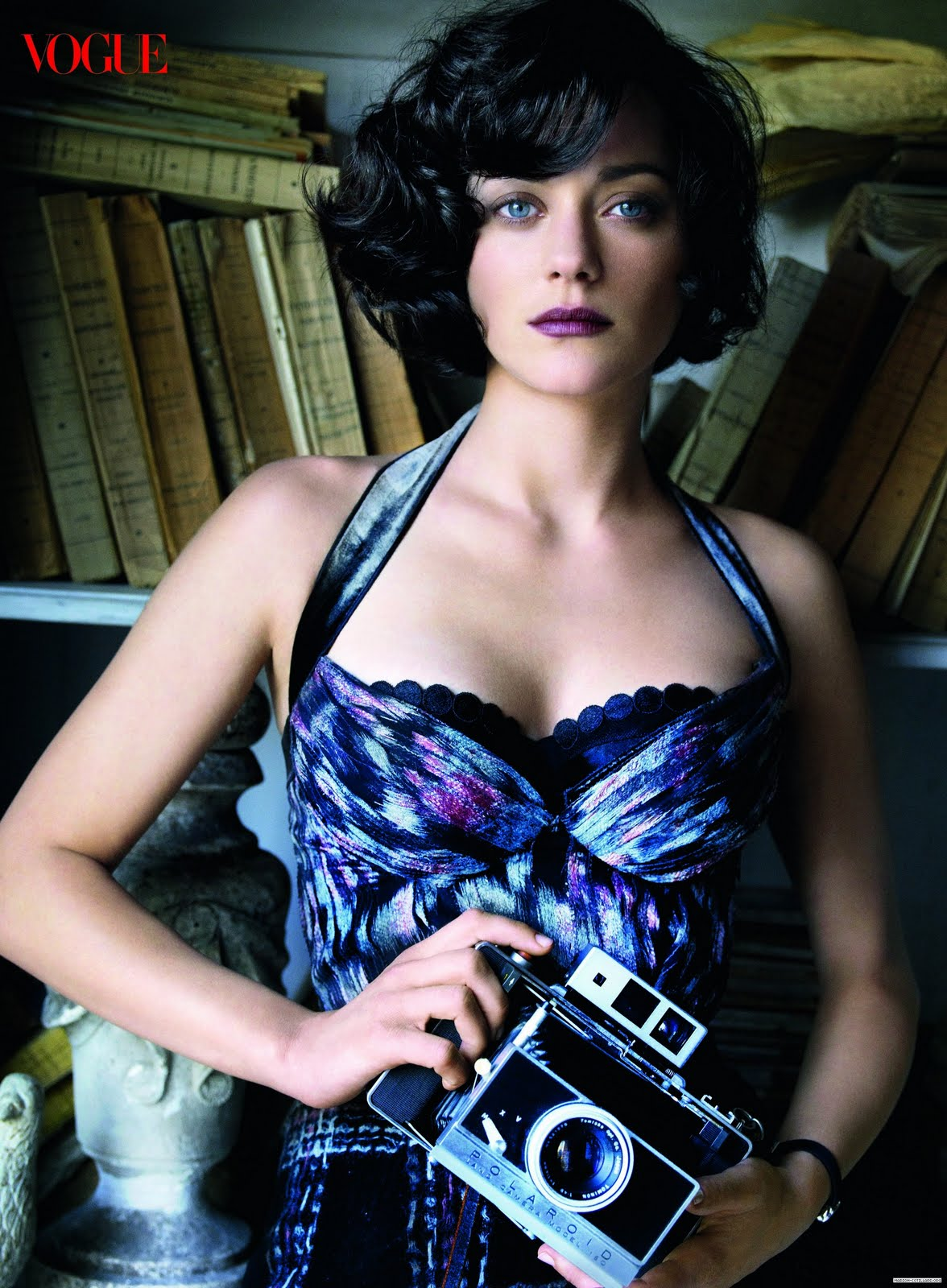 Fresh Look Celebrity Marion Cotillard Hairstyles 15