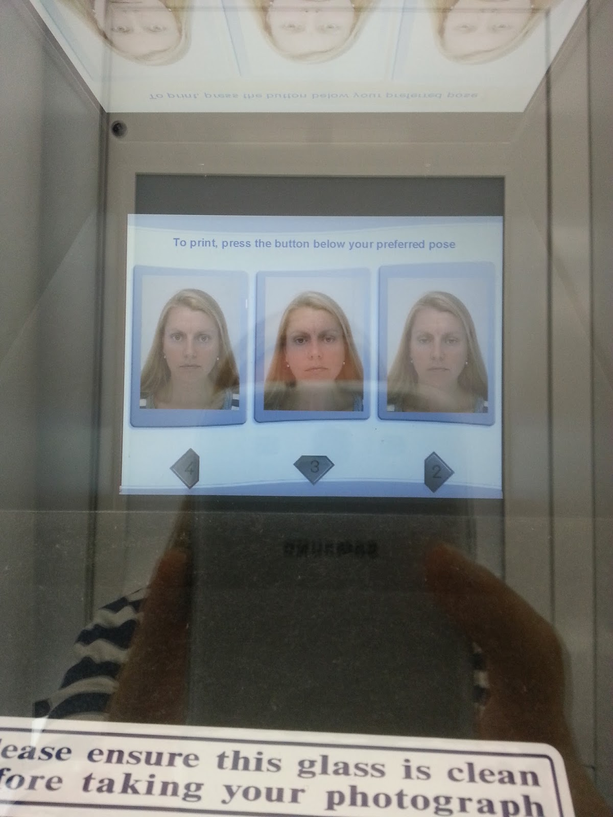 passport photo machine