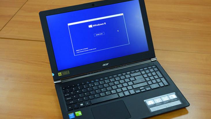 Laptop cho game thủ, tích hợp 4 loa, pin 8 tiếng của Acer