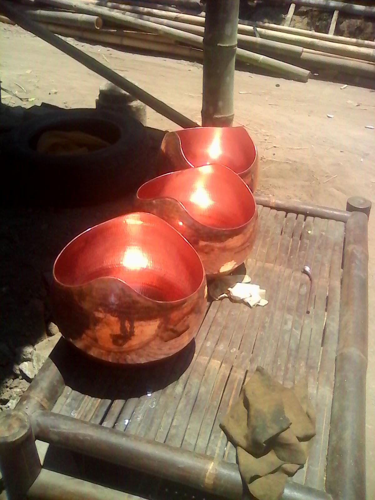 LAMPU GANTUNG TEMBAGA,LAMPU GANTUNG KUNINGAN