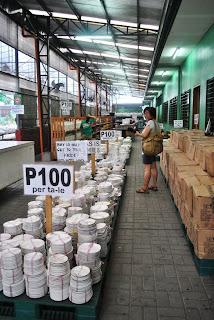 subasta depot para sa mga gamit pang halaman at pambahay gaya ng mga