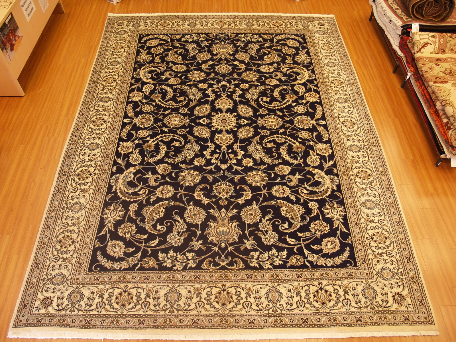 Rug master oriental rugs oriental carpets designs for Which carpet is best