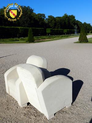 LUNEVILLE (54) - Exposition de sculptures au château