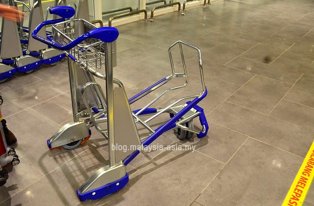 New design trolleys for klia2