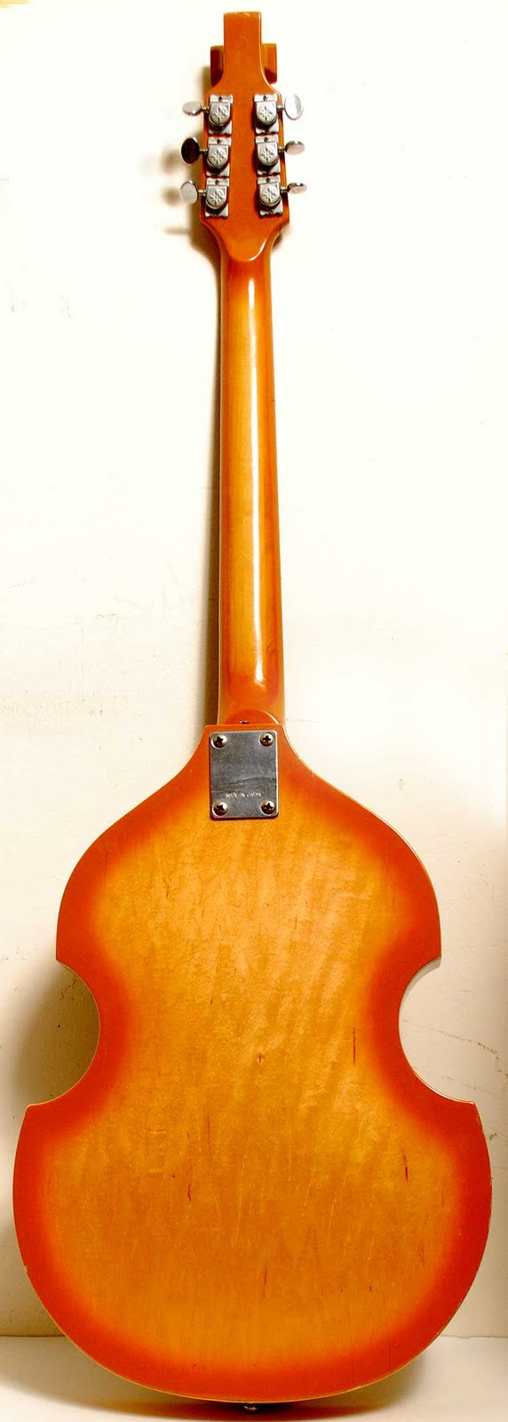 Craigslist Vintage Guitar Hunt April 2011 Norma Wiring Diagram Electric Violin Shape 250 North Side Date 04 11 914pm Cdt Reply To Sale Apbhg 2319774605craigslistorg Errors When