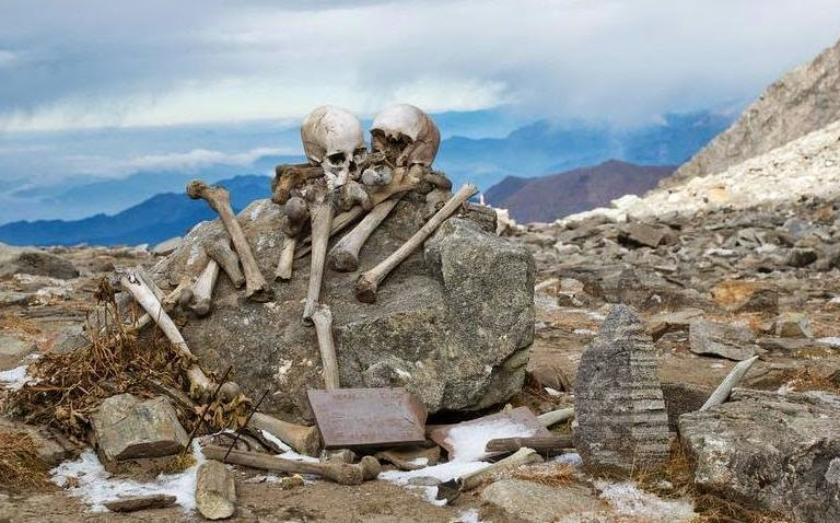 Skeletons in the vicinity of Roopkund Lake