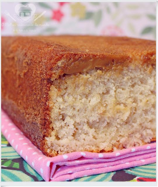 Receita prática de bolo  de doce de leite e coco com recheio de doce de leite