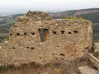 Mur del cantó de tramuntana amb restes d'opus spicatum