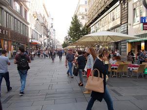 Open Air street cafe's on Stephansplatz Square.