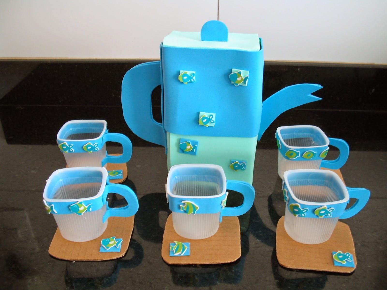 Brinquedo com sucata: Jogo de chá feito com caixa de leite papelão  #0E8EBD 1600 1200