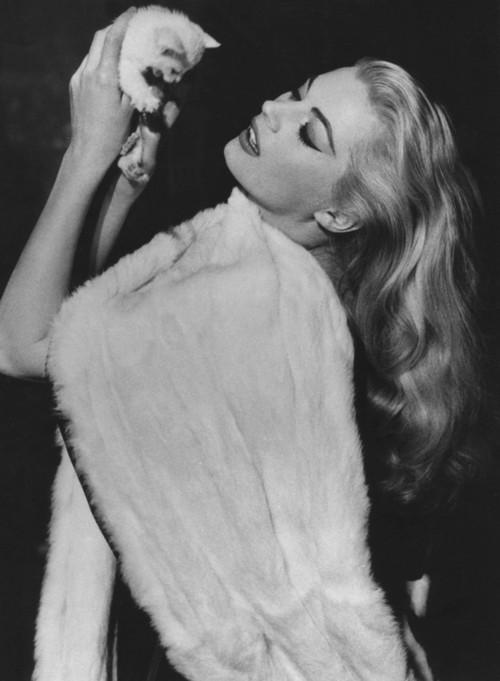 Anita Ekberg, La Dolce Vita, Federico Fellini, 1960 (b/w