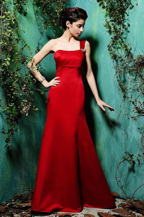 Gorgeous #sleevelesstrumpet mermaid #bridesmaiddress