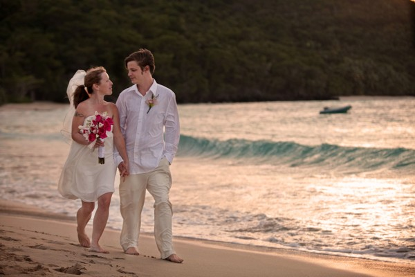 ... engaged couples come to hawaii and elope what does it mean to elope in