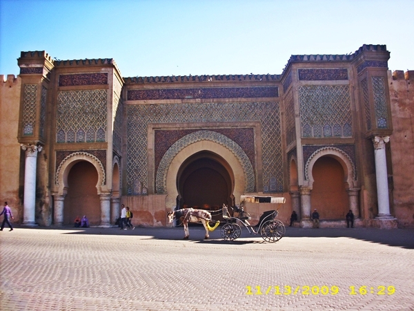 bab-mansour-meknes-maroc