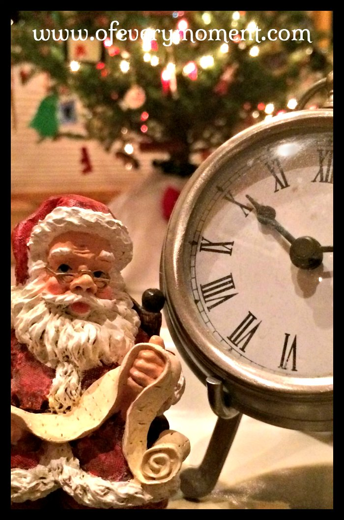 Santa and list and clock