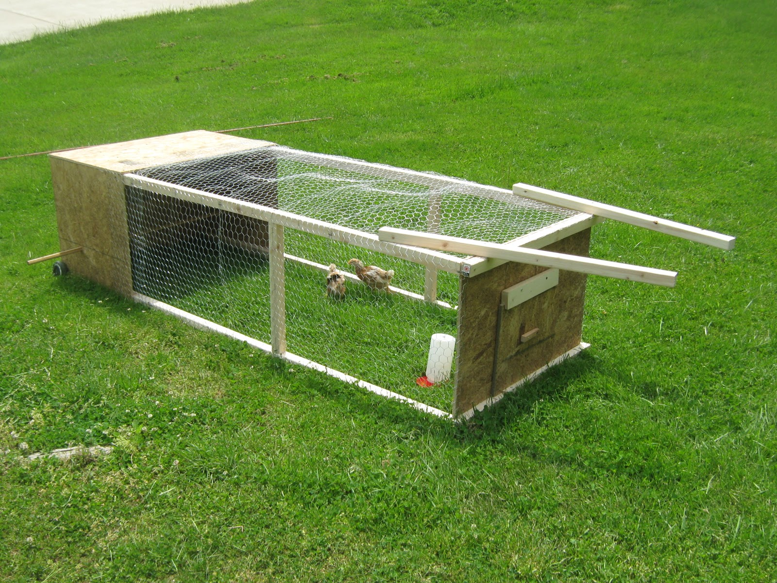 simply resourceful chicken tractor