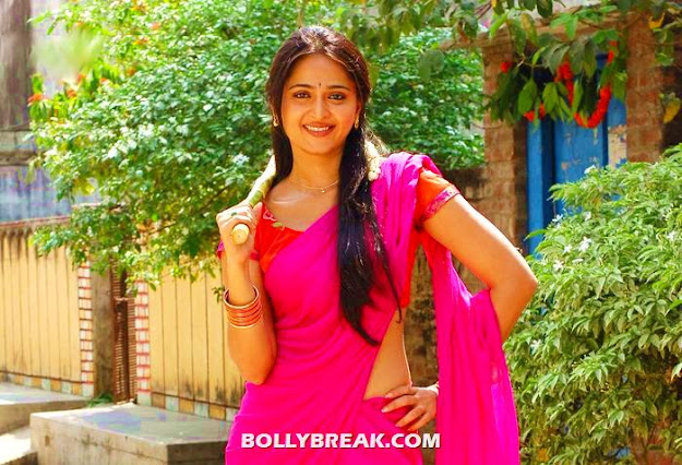 Anushka in pink sari - (6) - Anushka photos in various outfits