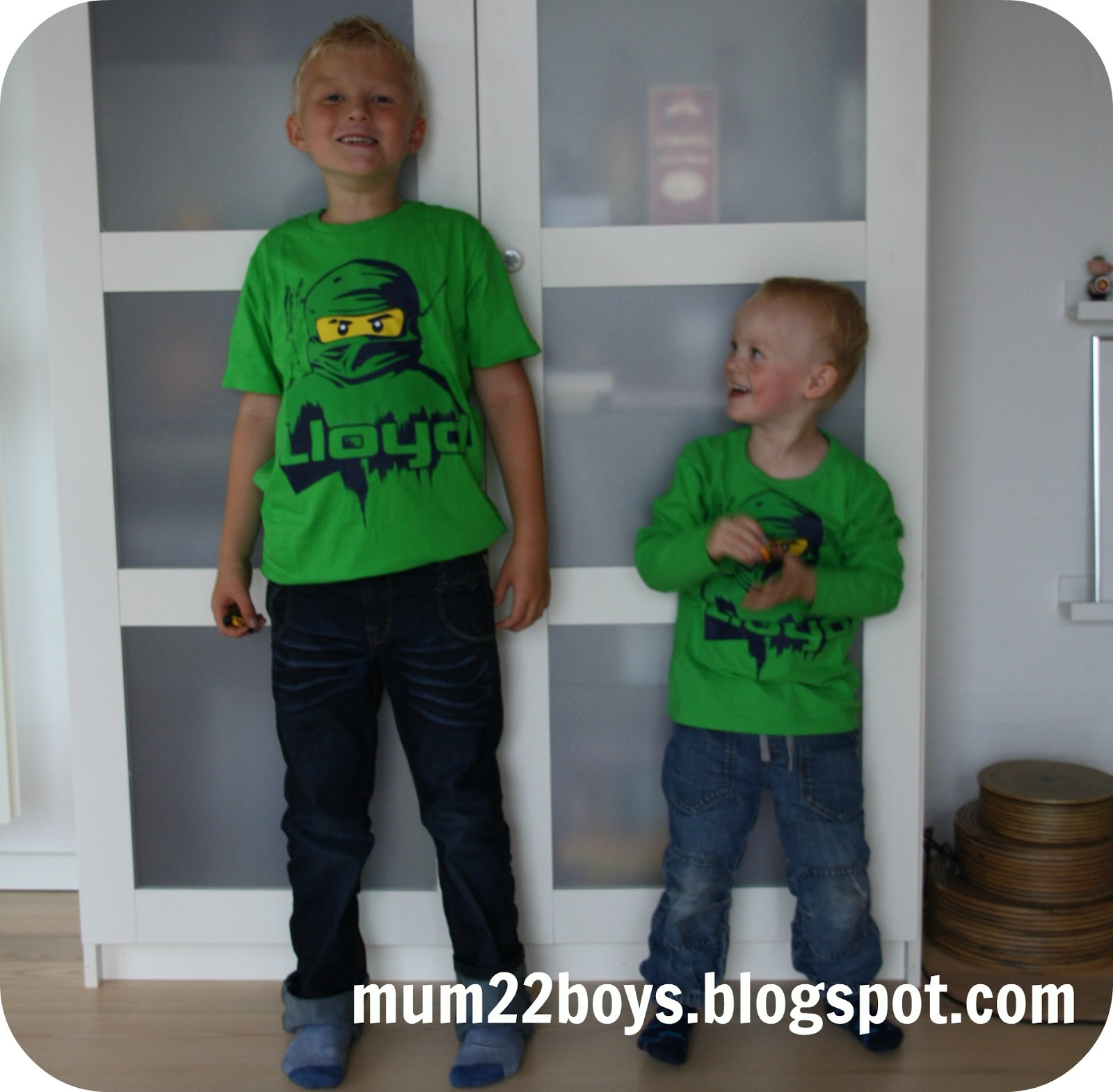 Mum 2 2 boys: august 2013