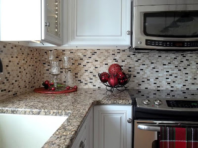 tiny brick random-color pattern in cut-stone tile mosaic kitchen backsplash
