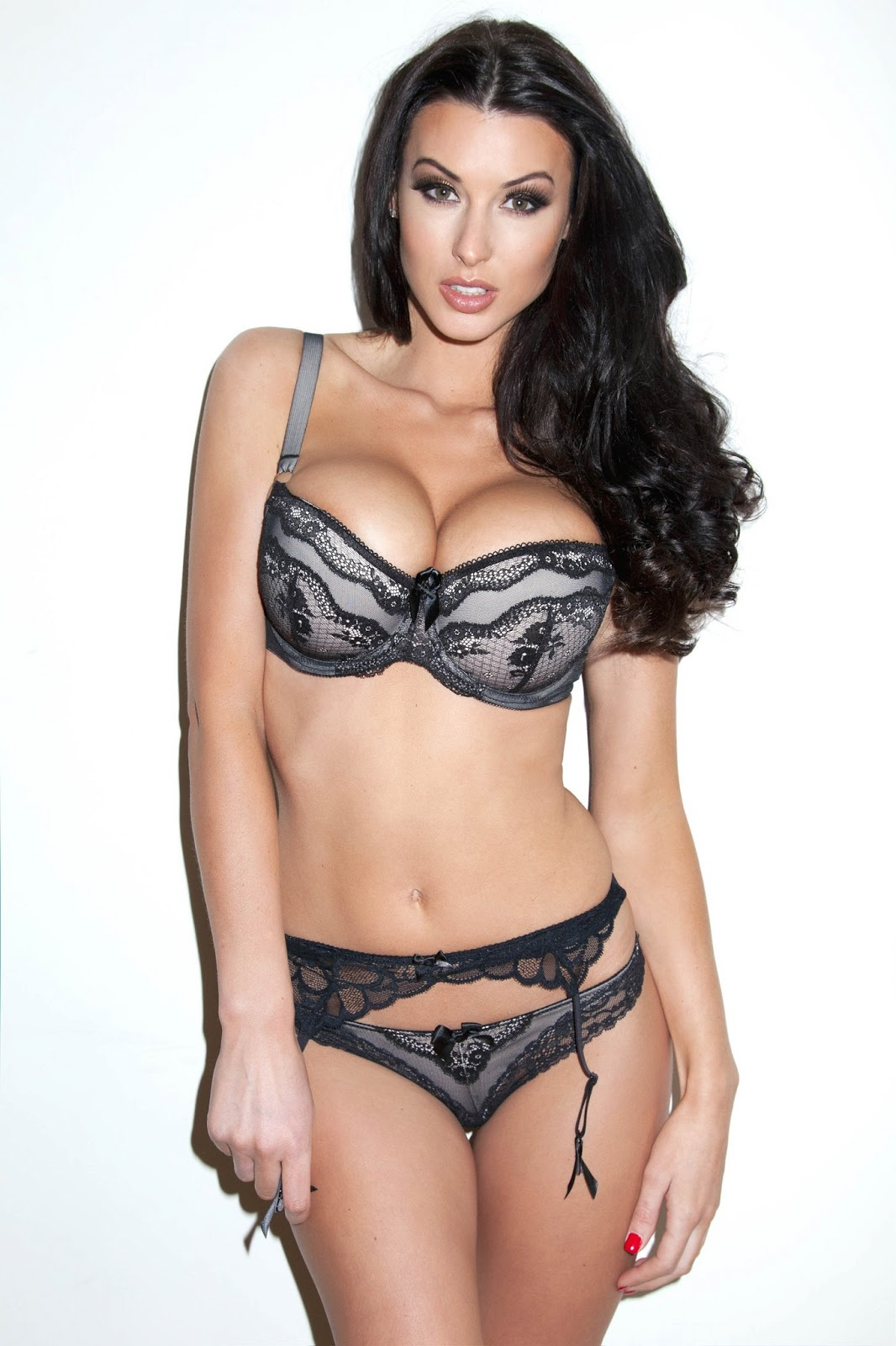 hot model alice goodwin's awesome lingerie pictures | stories wall