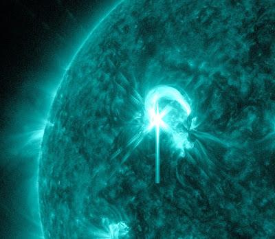 Llamarada solar clase M 4.7, 09 de Mayo de 2012