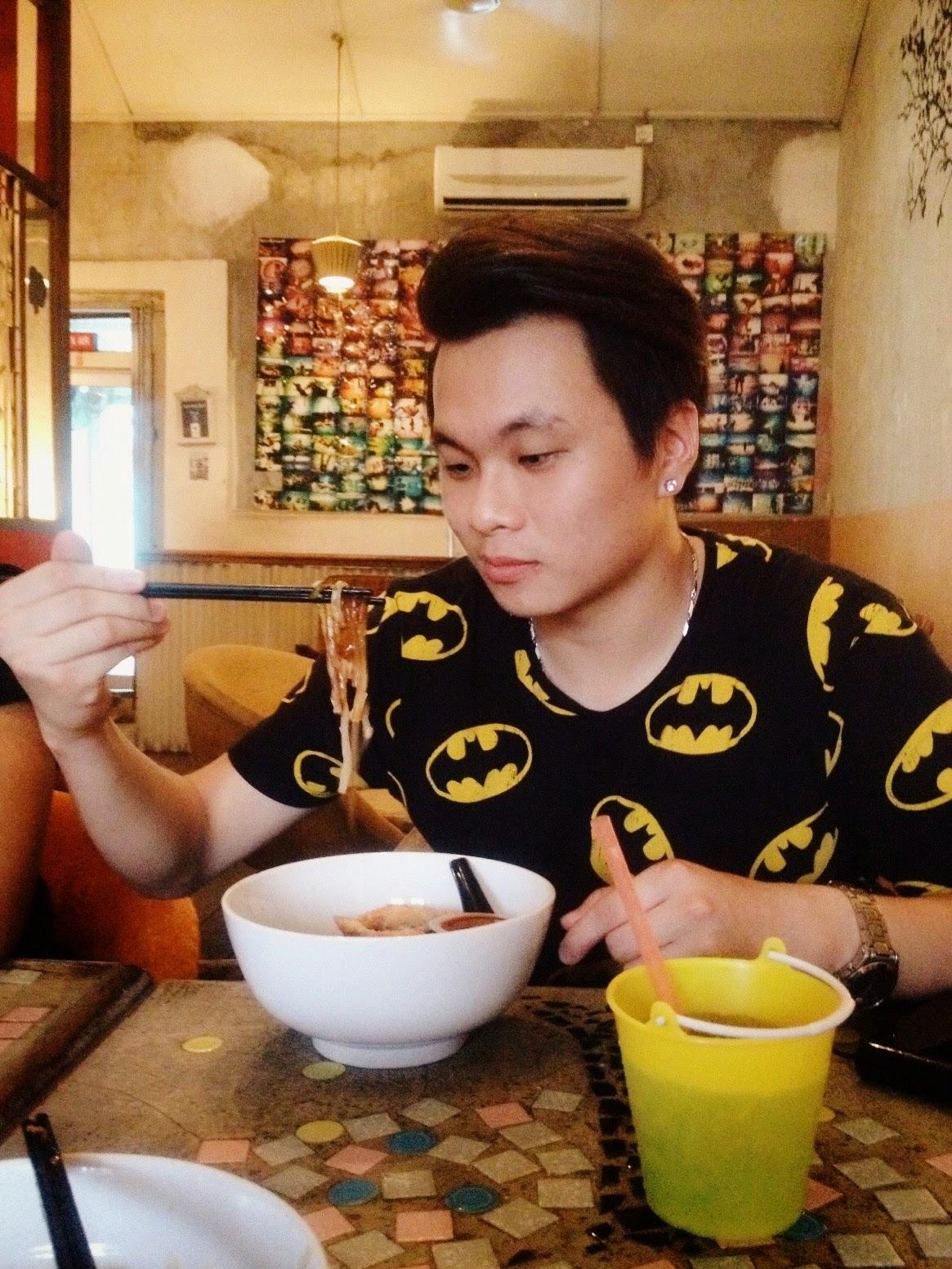 Ray Tan 陳學沿 (raytansy) ; Roost Cafe Juice+Bar @ Jalan Dhoby, Johor Bahru, Johor, Malaysia