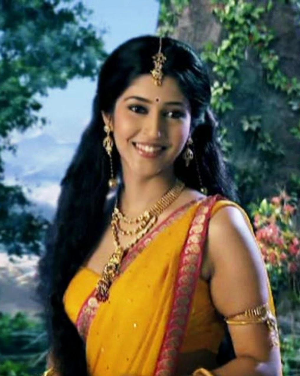 Cute & Heavenly Beautiful Sonarika - Beauty Bazzar