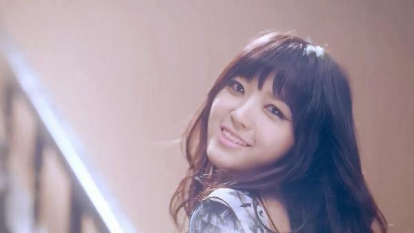 Chanmi Miniskirt AoA