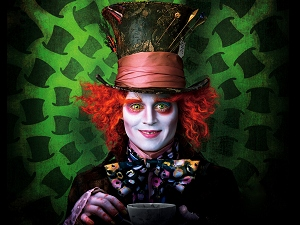 Johnny Depp, Alicia en el País de las Maravillas, Sombrerero loco, Infinitum Nihil, Walt Disney Pictures, Warner Bros. Pictures, A través del espejo, Through the Looking Glass, Lewis Carroll, James Bobin