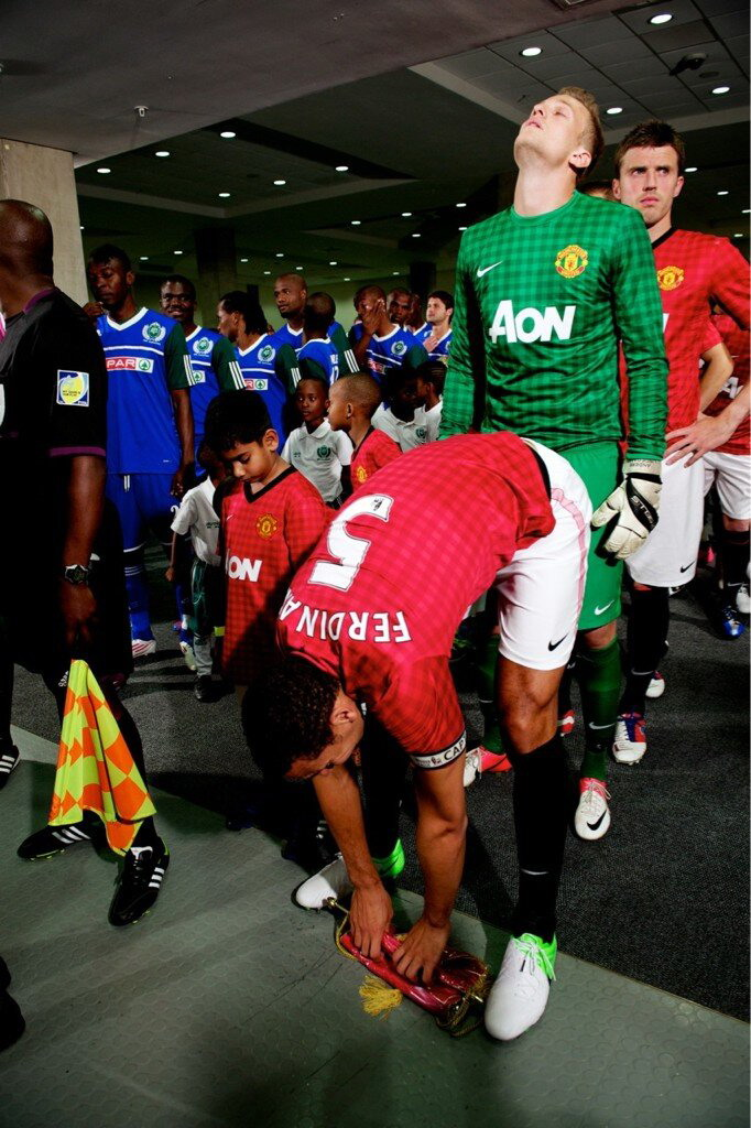 Anders Lindegaard gets intimate with Rio Ferdinand