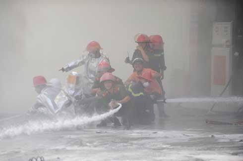 Cuộc chiến chống 'giặc lửa' ở cây xăng Hà Nội