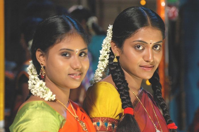 Mudhal Idam Tamil Movie Hot Photo Gallery Actress Kavitha Nair Spicy ...