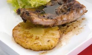 Chuletas de Cerdo, en Salsa de Piña