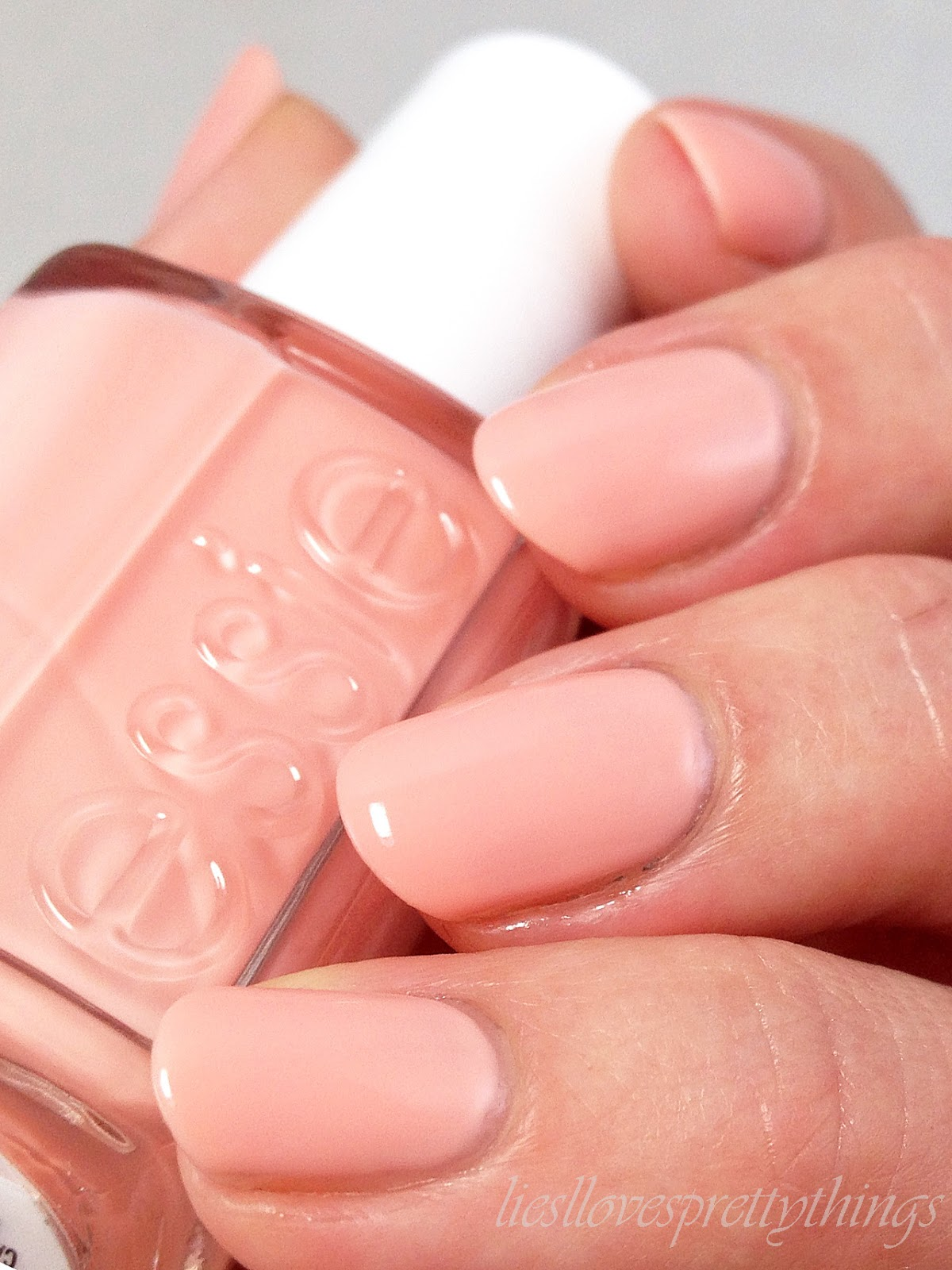 Liesl Loves Pretty Things: Essie Winter 2014-- Back In the Limo