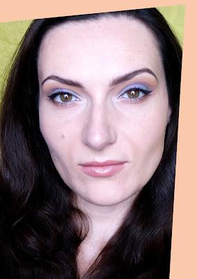 Ballad Blue - makijaż z pigmentami mineralnymi
