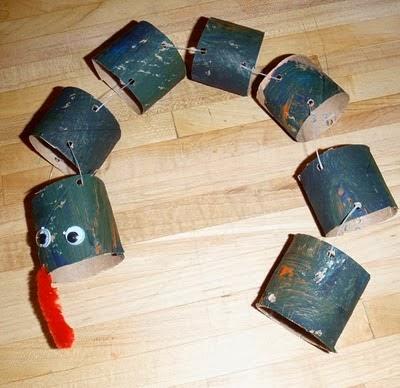 http://3.bp.blogspot.com/-Gohq7xr9GvE/VNJuAHOFDKI/AAAAAAAADZ8/jVQqI47L0XY/s1600/CardboardTubeSnakeCraft.jpg