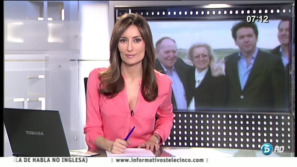 LETICIA IGLESIAS, INFORMATIVOS TELECINCO (08.02.13) (RESUBIDO)