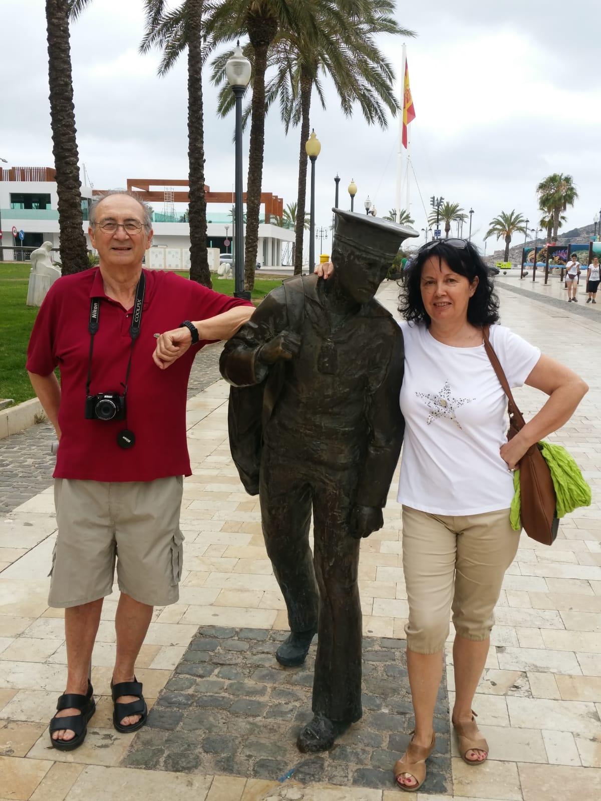 Palmeral con su mujer Julia Hildalgo