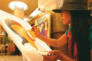 Usaha sampingan wanita karir pelukis image